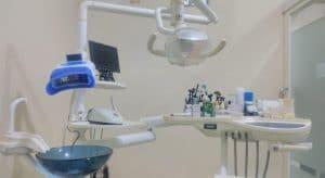 praktek dokter gigi